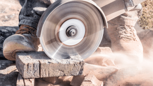 how to cut concrete blocks with a circular saw